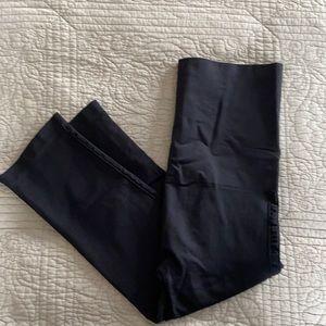 COPY - Postpartum Capri leggings